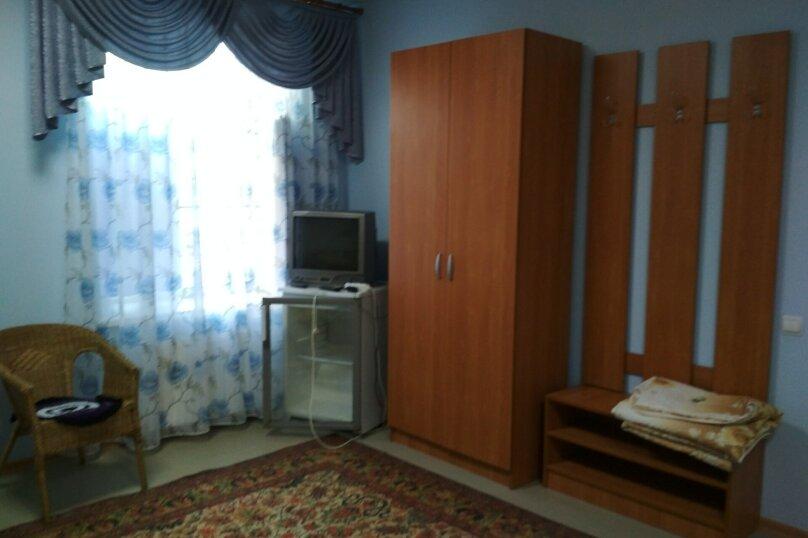 4-х местный двухкомнатный, улица Горшковой, 105, Приморско-Ахтарск - Фотография 4
