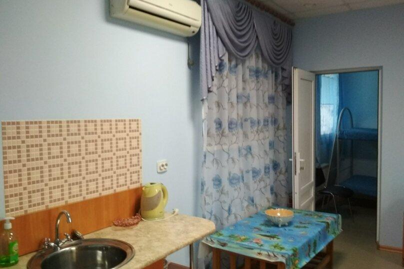 4-х местный двухкомнатный, улица Горшковой, 105, Приморско-Ахтарск - Фотография 5