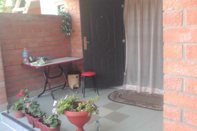 """Гостевой дом """"Наталья"""", Приморский переулок, 15 на 7 комнат - Фотография 3"""