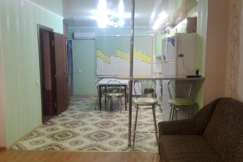 3-комн. квартира, 62 кв.м. на 8 человек, улица Пушкина, 34, Евпатория - Фотография 6
