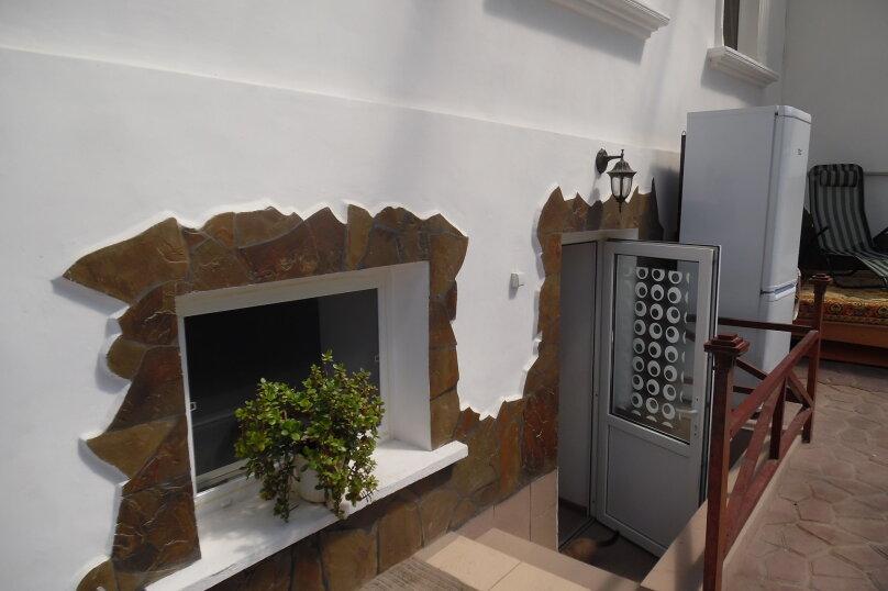 Этаж в доме, 35 кв.м. на 4 человека, 2 спальни, улица Сладкова, 9, Севастополь - Фотография 1