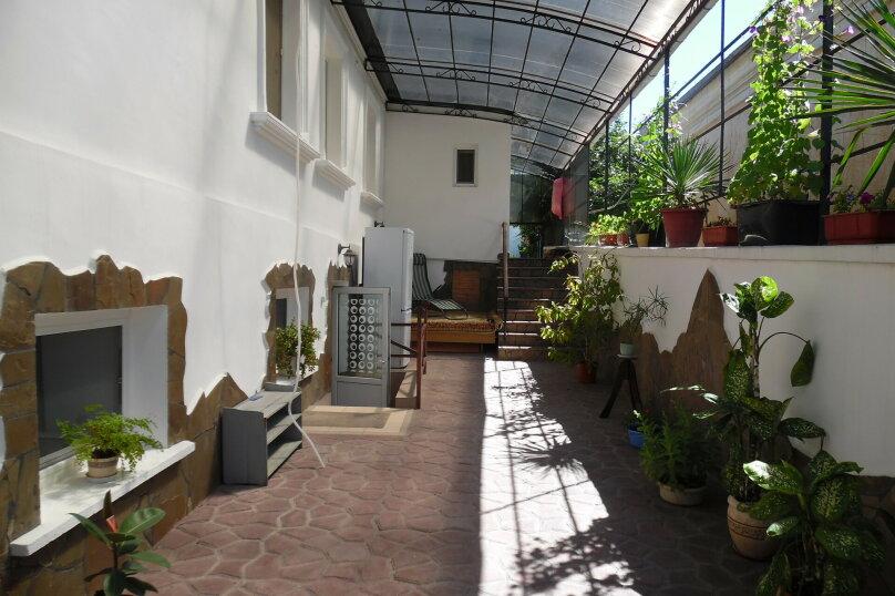 Этаж в доме, 35 кв.м. на 4 человека, 2 спальни, улица Сладкова, 9, Севастополь - Фотография 9