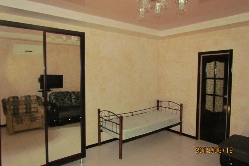 Дом в Евпатории, 30 кв.м. на 4 человека, 1 спальня, улица Пушкина, 57, Евпатория - Фотография 1