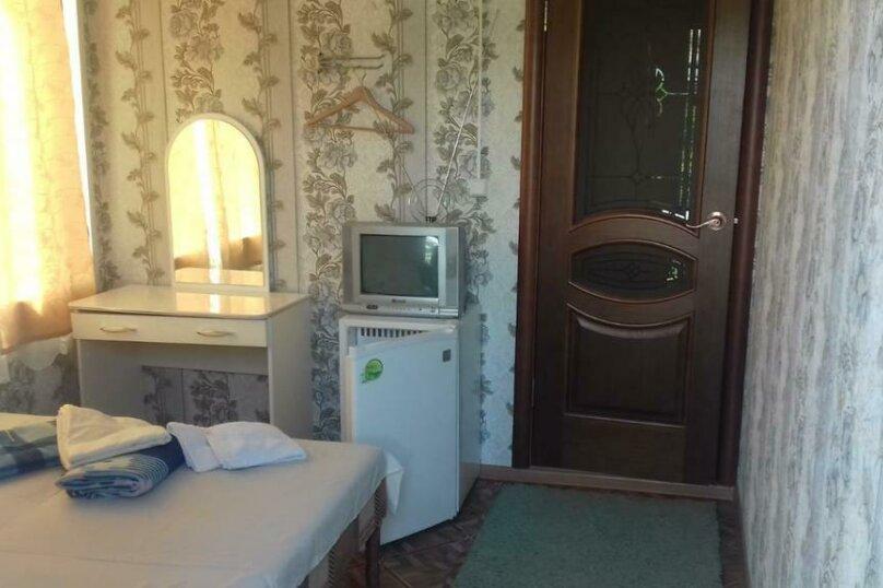 2-х-местный с 1 широкой кроватью, микрорайон Южный, 42А, Джубга - Фотография 2
