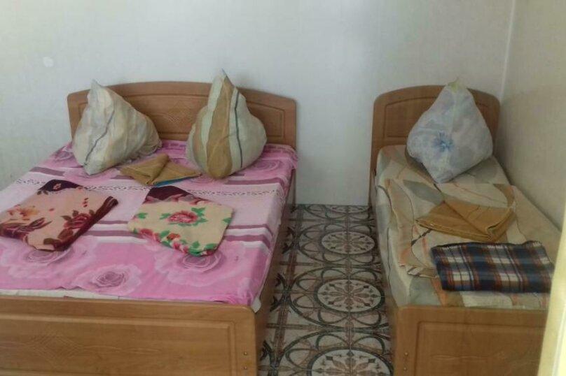 3-х-местный (1 широкая и 1 узкая кровать), микрорайон Южный, 42А, Джубга - Фотография 1