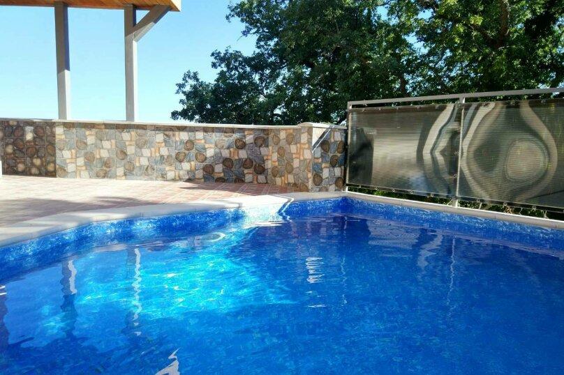 """Коттедж """"Чаир"""" с бассейном, 250 кв.м. на 10 человек, 4 спальни, Алупкинское шоссе, 85, Гаспра - Фотография 3"""