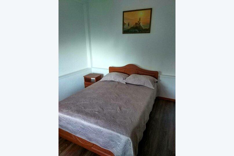 """Коттедж """"Чаир"""" с бассейном, 250 кв.м. на 10 человек, 4 спальни, Алупкинское шоссе, 85, Гаспра - Фотография 14"""