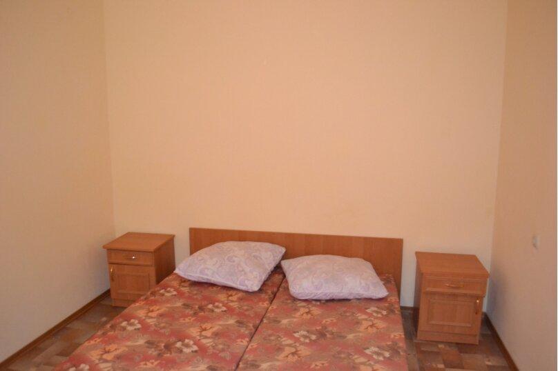 """Гостевой дом """"Лаванда"""", Великий Шелковый Путь, 8 на 11 комнат - Фотография 12"""