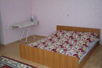 Дом, 100 кв.м. на 4 человека, 2 спальни, улица Матвиенко, 37, Солнечная Долина - Фотография 2