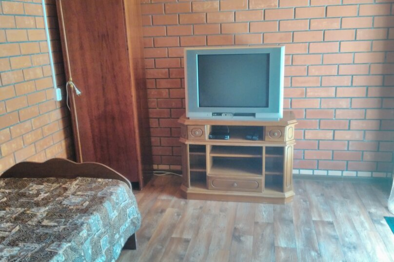 Эконом трехместный с 1 доп. местом, Октябрьская улица, 209а, Должанская - Фотография 2