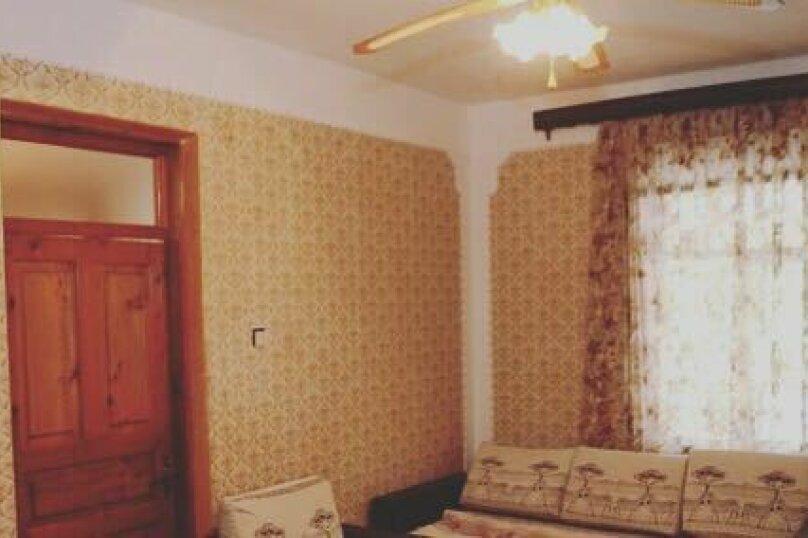 """Гостевой дом """"У Сусаны"""", Песочная, 68 на 10 комнат - Фотография 2"""