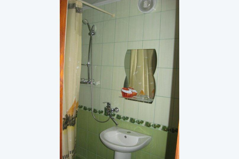 номер с удобствами, улица Антонова, 35, Коктебель - Фотография 3