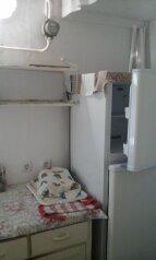 Жилье в Евпатории посуточно, 38 кв.м. на 3 человека, 2 спальни, улица Гагарина, Евпатория - Фотография 3