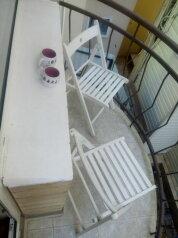 Апартаменты с кухней и удобствами на 2 номера, улица Чкалова на 2 номера - Фотография 4