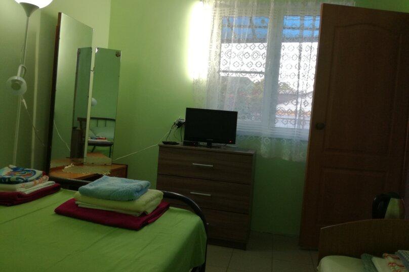 Дом 2-х комнатный на семью 5 чел/компанию  5 человек., 35 кв.м. на 5 человек, 2 спальни, Таманская улица, 114, Ейск - Фотография 18