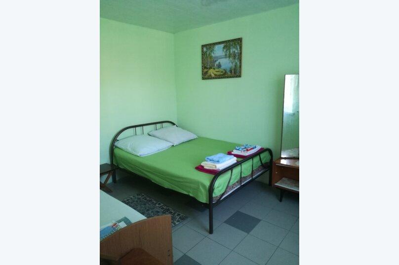 Дом 2-х комнатный на семью 5 чел/компанию  5 человек., 35 кв.м. на 5 человек, 2 спальни, Таманская улица, 114, Ейск - Фотография 21