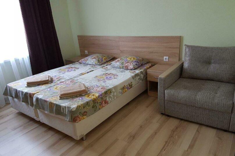 Семейный 2-х комнатный номер, Революционная улица, 63, Кабардинка - Фотография 2