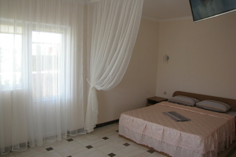 Отдельная комната, улица Южногородская, 24, посёлок Любимовка, Севастополь - Фотография 1
