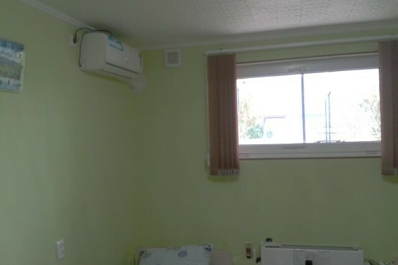 2-х местная зеленая комната, улица Малышева, 7, Лазаревское - Фотография 1