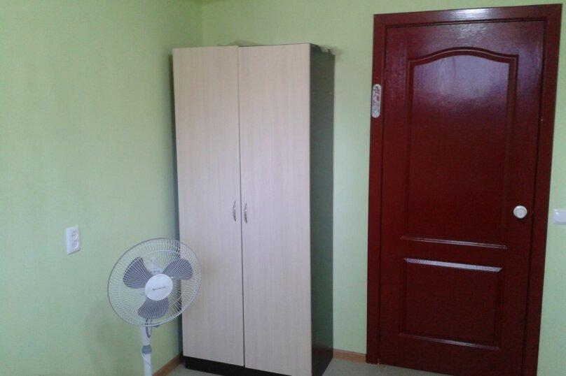 2-х местная зеленая комната, улица Малышева, 7, Лазаревское - Фотография 2