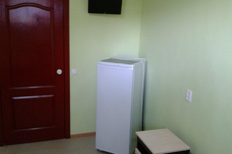 2-х местная зеленая комната, улица Малышева, 7, Лазаревское - Фотография 3