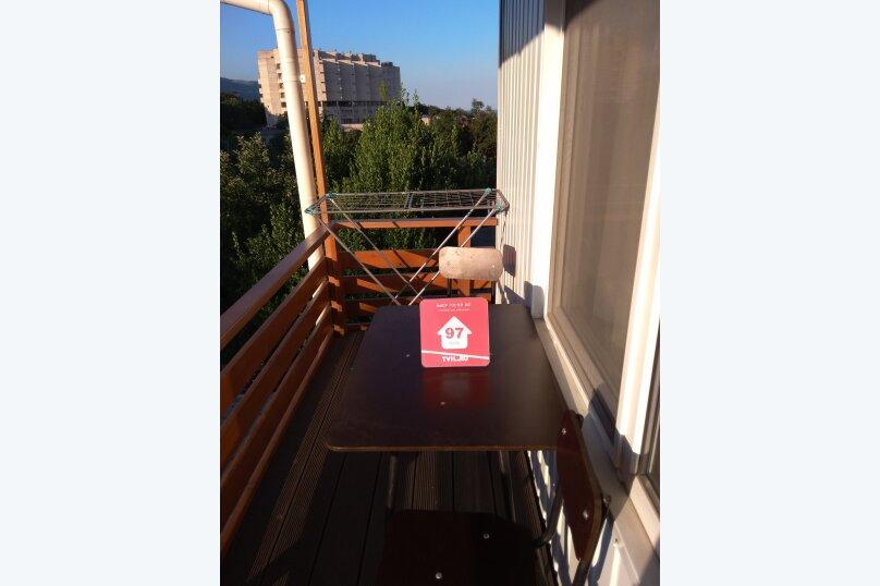 Гостевой дом в 10 минутах от моря с балконами, улица Ленина, 33/2 на 2 комнаты - Фотография 40