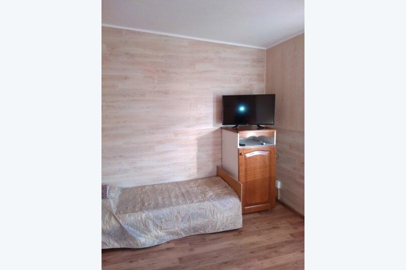 Гостевой дом в 10 минутах от моря с балконами, улица Ленина, 33/2 на 2 комнаты - Фотография 41