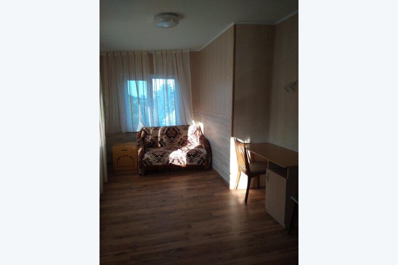 Гостевой дом в 10 минутах от моря с балконами, улица Ленина, 33/2 на 2 комнаты - Фотография 43