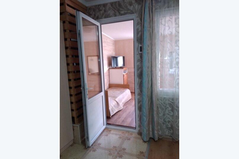 Гостевой дом в 10 минутах от моря с балконами, улица Ленина, 33/2 на 2 комнаты - Фотография 45