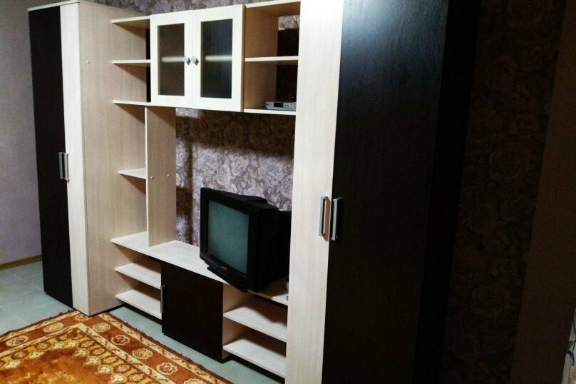 Гостевые апартаменты, 80 кв.м. на 5 человек, 2 спальни, улица Ленина, 5, Межводное - Фотография 12