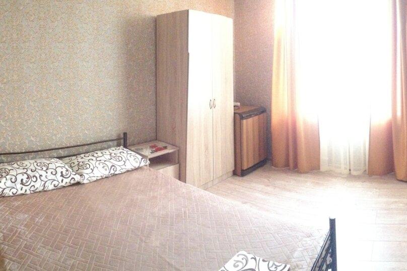 комната 10, улица Говорова, 3, Лазаревское - Фотография 1
