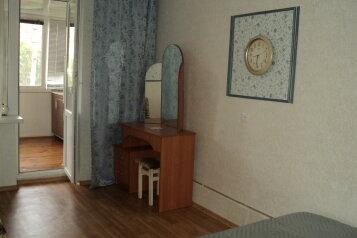 2-комн. квартира, 40 кв.м. на 5 человек, переул Больничный, поселок Орджоникидзе, Феодосия - Фотография 3