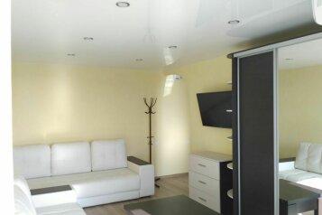 1-комн. квартира, 34 кв.м. на 4 человека, улица Сырникова, 28А, Мирный, Крым - Фотография 1