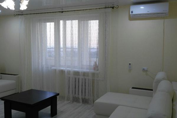 1-комн. квартира, 37 кв.м. на 4 человека, улица Сырникова, 22, Мирный, Крым - Фотография 1