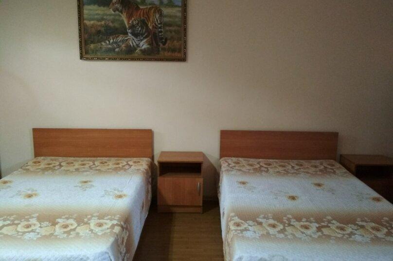 4-х местный однокомнатный, улица Горшковой, 105, Приморско-Ахтарск - Фотография 1