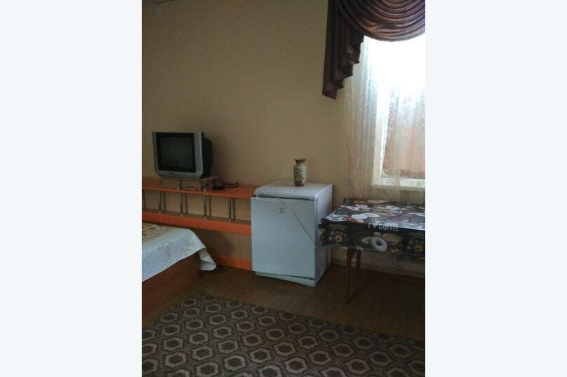 4-х местный однокомнатный, улица Горшковой, 105, Приморско-Ахтарск - Фотография 8