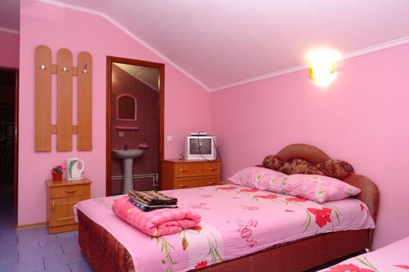 """Гостевой дом """"На Парниковой 46"""", Парниковая улица, 46 на 7 комнат - Фотография 25"""