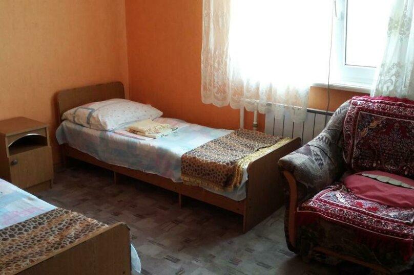 Трехместный номер с дополнительным спальным местом, улица Трудящихся, 24, Анапа - Фотография 2