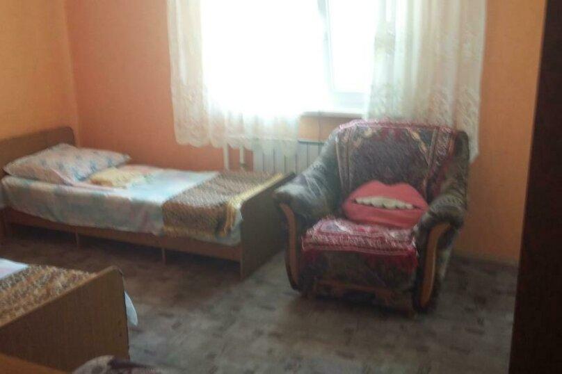 Трехместный номер с дополнительным спальным местом, улица Трудящихся, 24, Анапа - Фотография 10