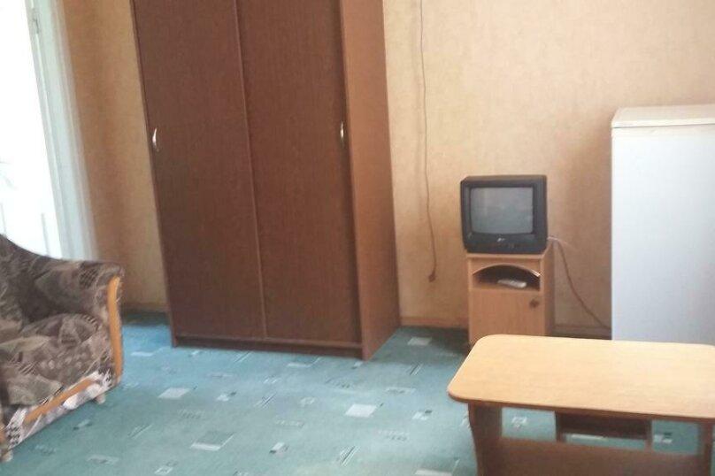 Трехместный номер с дополнительным спальным местом, улица Трудящихся, 24, Анапа - Фотография 13