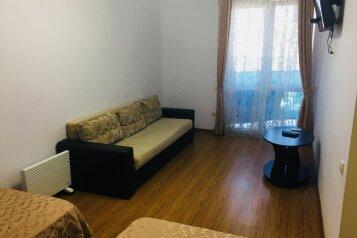 1-комн. квартира, 37 кв.м. на 4 человека, Звездный квартал, Ольгинка - Фотография 1