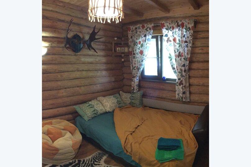 """Дом, 120 кв.м. на 4 человека, 1 спальня, ул. Солнечная,ТО """"Чайка"""", 1, Бетта - Фотография 1"""