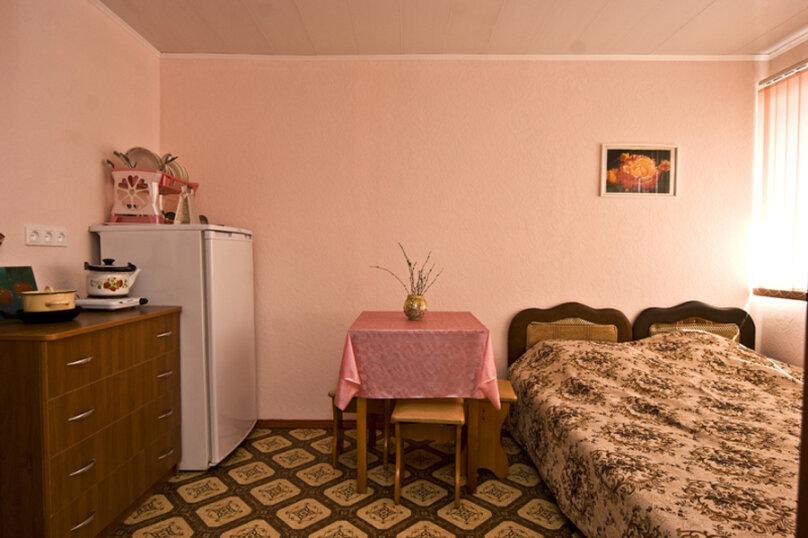 2-х комнатный номер, улица Космонавтов, 9, Голубицкая - Фотография 6