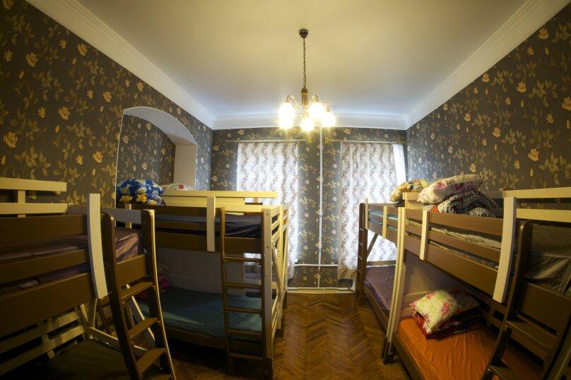"""Хостел """"Shtraus House"""", 2-я линия Васильевского острова, 9 на 3 номера - Фотография 13"""