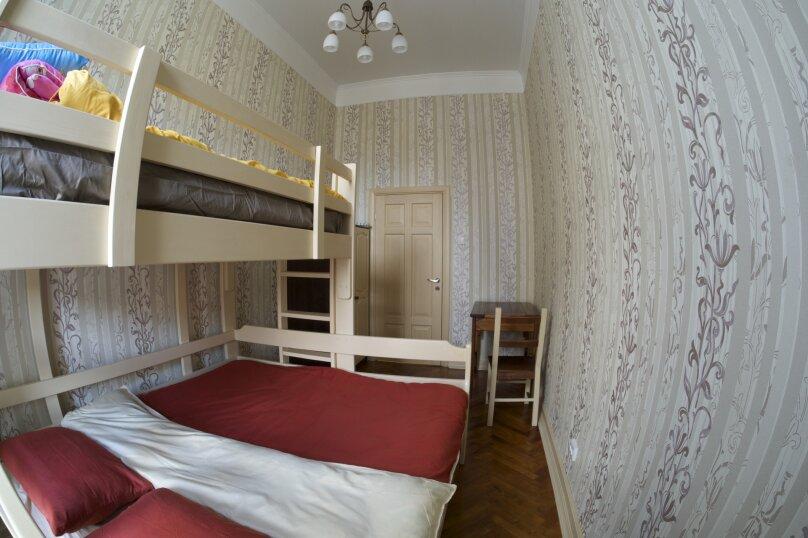 """Хостел """"Shtraus House"""", 2-я линия Васильевского острова, 9 на 3 номера - Фотография 23"""