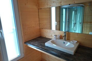Деревянный маленький домик на берегу моря, 14 кв.м. на 2 человека, 1 спальня, улица Герцена, 25, Геленджик - Фотография 1