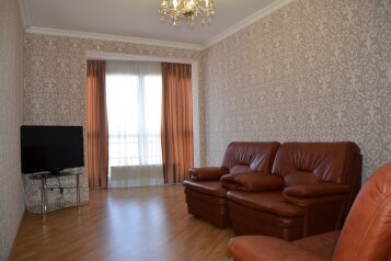 3-комн. квартира, 99 кв.м. на 8 человек, переулок Богдана Хмельницкого, Адлер - Фотография 1