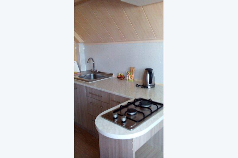 Номер с балконом и кухней, 35 кв.м. на 4 человека, 1 спальня, Десантникв, 22, Коктебель - Фотография 2