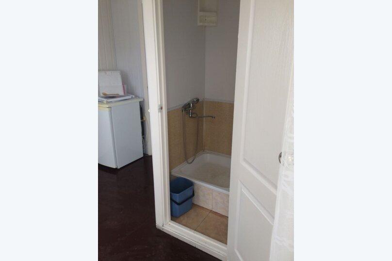 Второй этаж дома с отдельным входом, 20 кв.м. на 3 человека, 1 спальня, улица Советов, 50, Ейск - Фотография 9