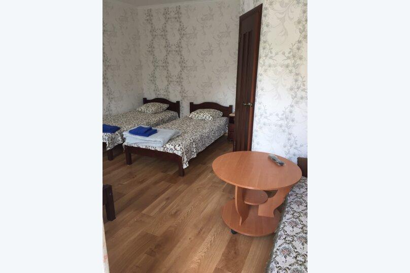 """Гостевой дом """"На Суворова 23"""", улица Суворова, 23 на 7 комнат - Фотография 17"""